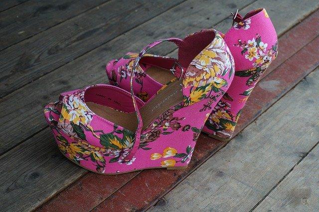 kytičkované boty