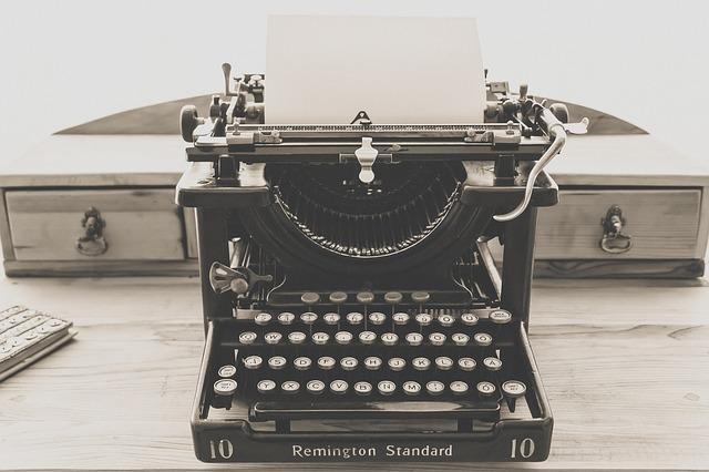 vintage psací stroj