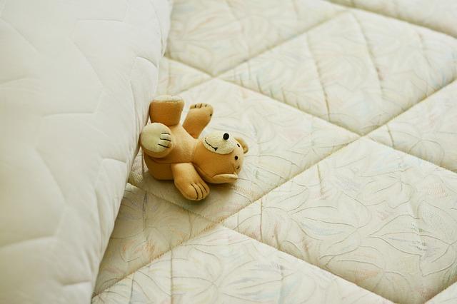 méďa na matraci